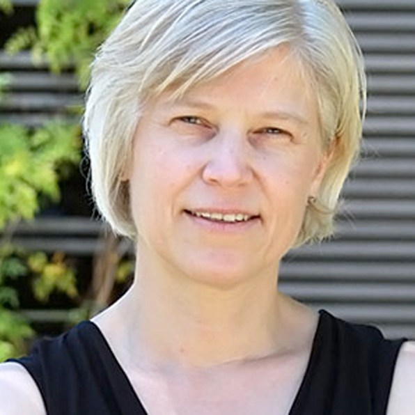 Alexandra Ros