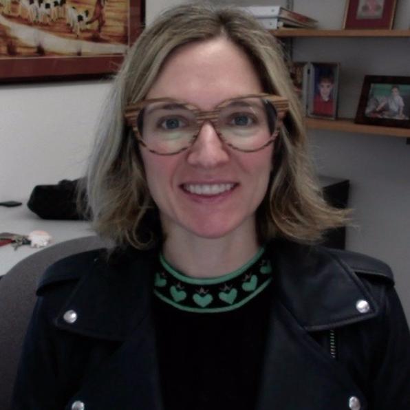 Photo of Valerie Mueller